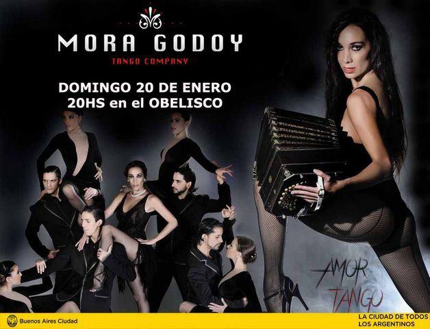 Mora-Godoy-Amor-Tango-obelisco