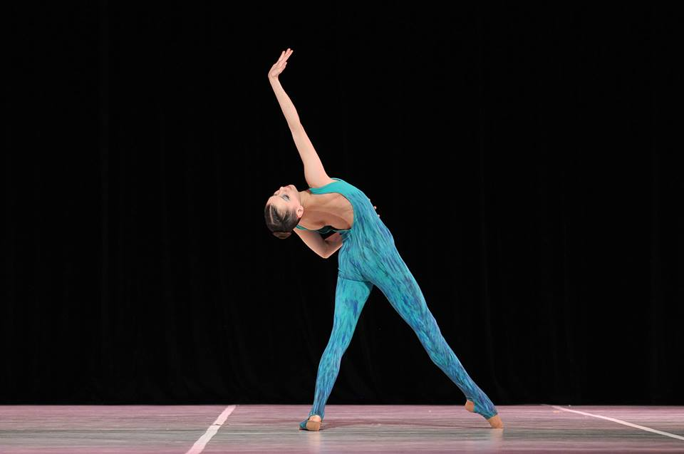 """Daiana, en versión contemporánea. Al YAGP llevará un tango -""""Escualo""""- de Piazzolla. Foto: Gentileza."""