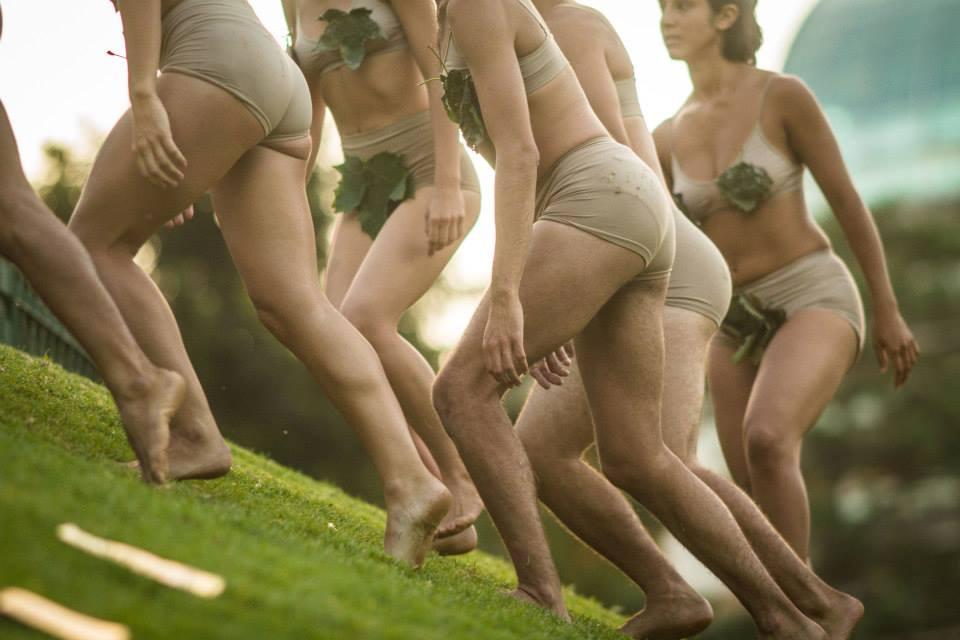 Vestidos de gracia. Foto: Prensa | Ministerio de Cultura de la Ciudad de Buenos Aires.