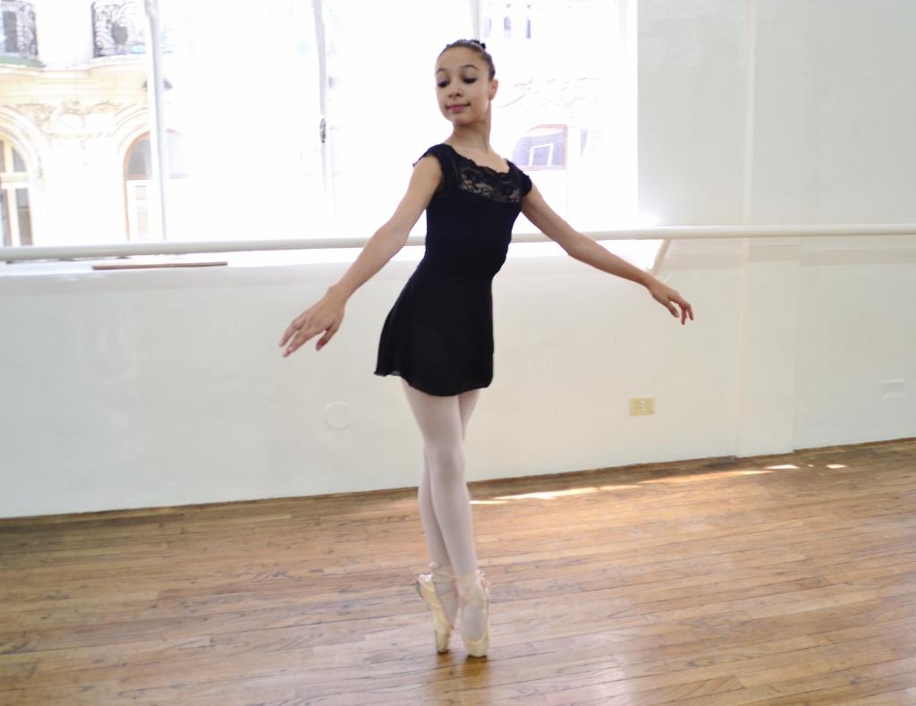 Vicky no sólo resultó seleccionada para el YAGP, sino también becada para estudiar en la Academia Princess Grace, de Mónaco. Foto: REVOL.