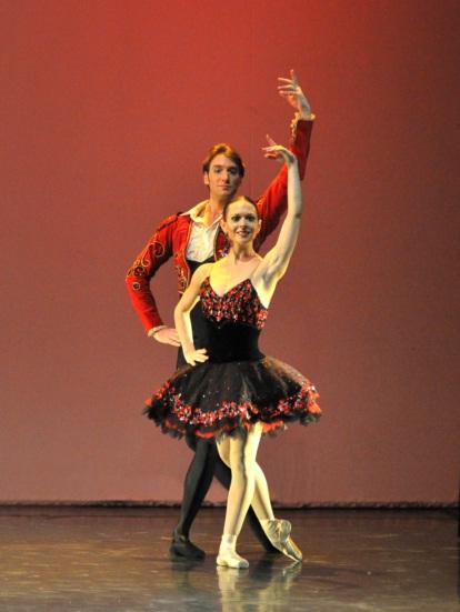 """Federico Fernández y Julieta Paul, en """"Don Quijote"""". Foto: Gentileza Idehados Producciones."""