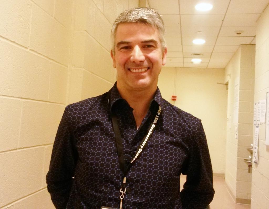 Eric Camillo, Profesor titulado de la Opera de Paris, siente que la colaboración con el YAGP es esnecial para que, en el intercambio, la danza evolucione. Foto: REVOL.