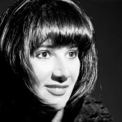 Larissa Saveliev headshot