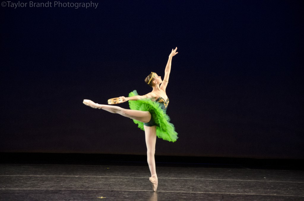 """Daiana Alvarez, como """"La Esmeralda"""", en el Youth America Grand Prix. Foto: Taylor Brandt. All rights reserved."""