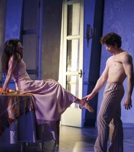 """""""Cheri"""", con Herman Cornejo, en el Teatro Signature de Nueva York. Foto: Joan Marcus."""