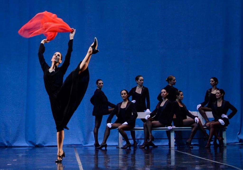 """""""Retrato in Memoriam... Edith PIaf"""". Foto: Gentileza Ballet del Sur."""