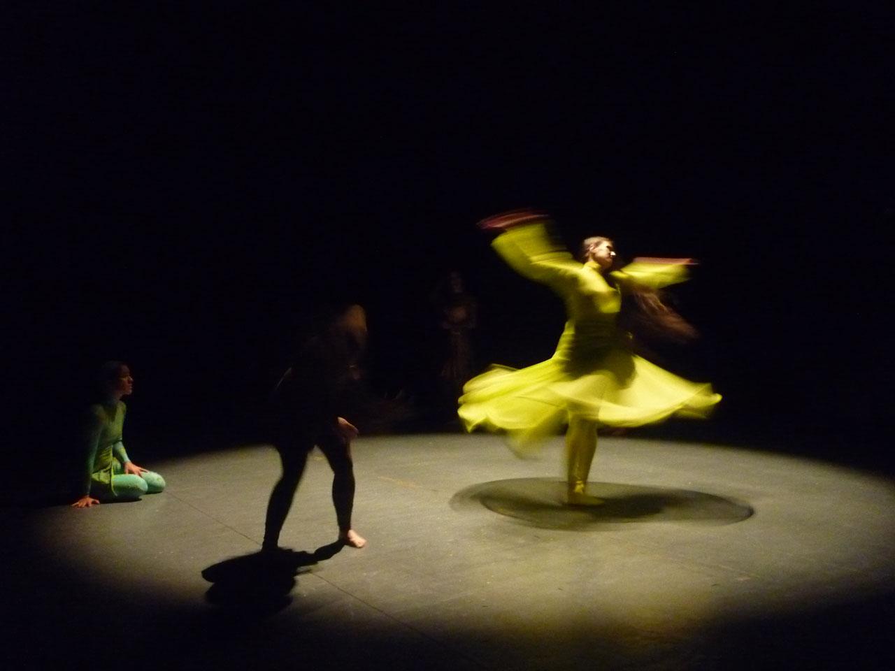 """Friedenberg busca tejer lazos con la audiencia. No pretende lo que llama """"una danza sólo para bailarines"""". Foto: Gentileza Carolina Alfonso."""