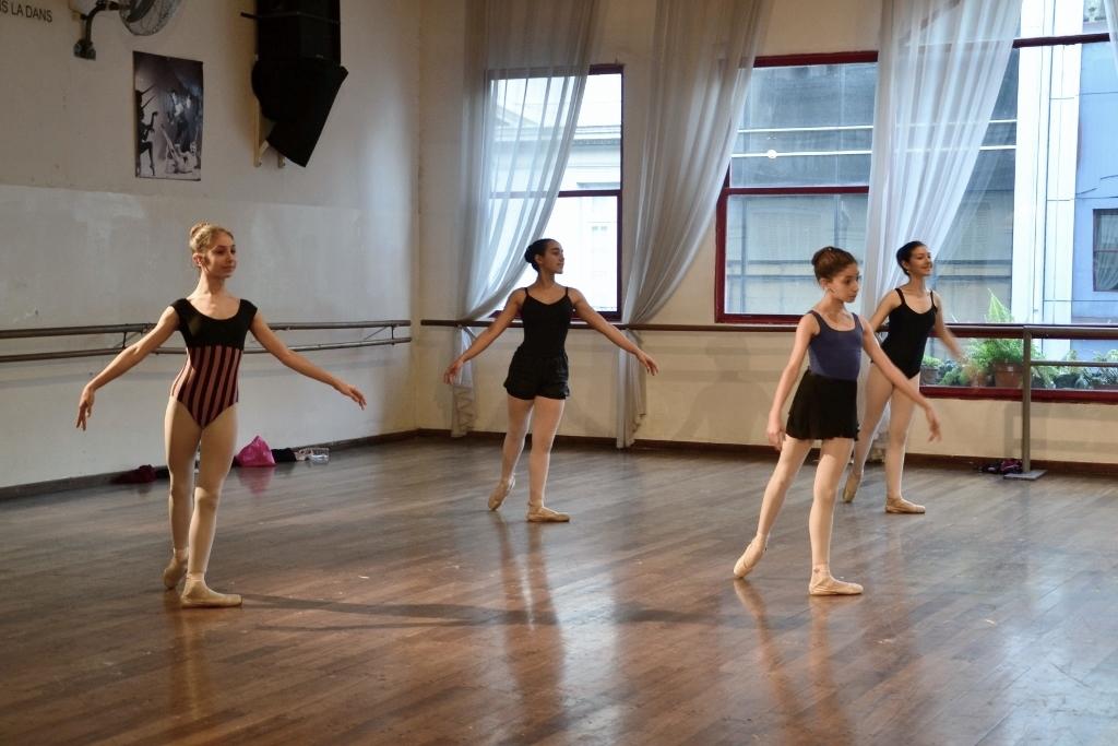 Mischa Tchoupakov Ballet Estudio (21)