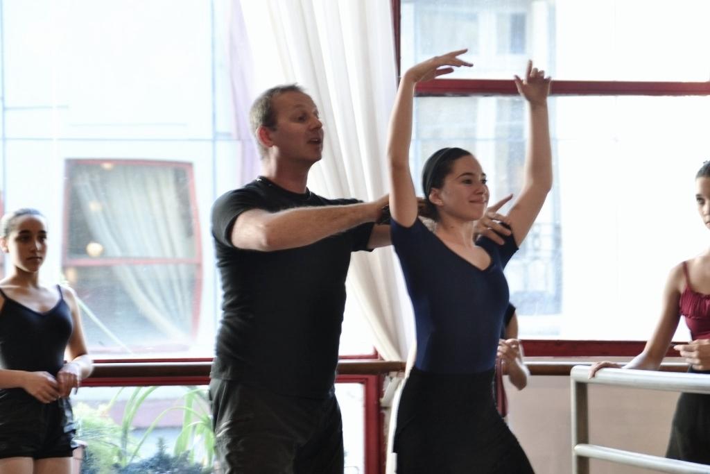 Mischa Tchoupakov Ballet Estudio (8)