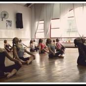 Jornada intensiva en danza contemporánea y moderna, a cargo de Paula Fontán. Aquí, en una clase pasada en Ballet Estudio. Foto: Gentileza.