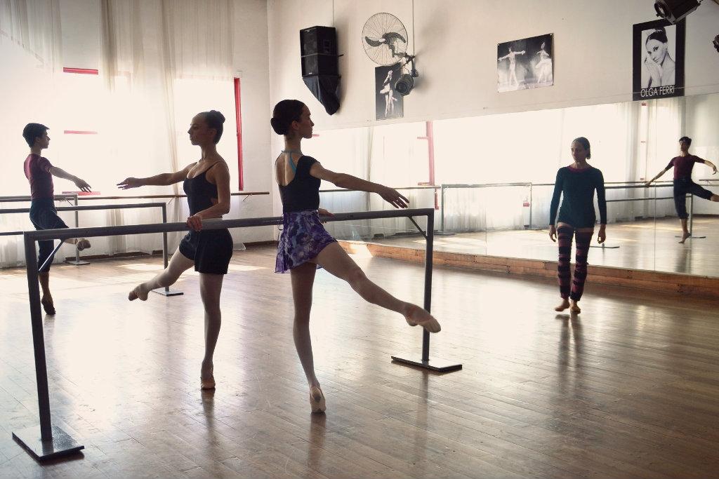 Revol| Ballet Estudio