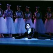 """Gerardo Wyss, como Albrecht, en el """"Acto Blanco"""". Foto: Gentileza Ballet del Sur."""
