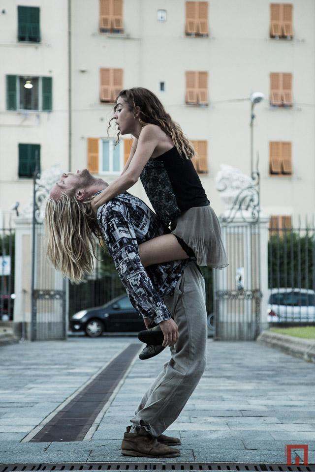 """Candelaria Antelo y Arthur Bernard Bazin, en """"Te odiero"""", recientemente presentada en Buenos Aires, aquí en Europa, donde la obra es un éxito. Foto: Marco Pezzati."""
