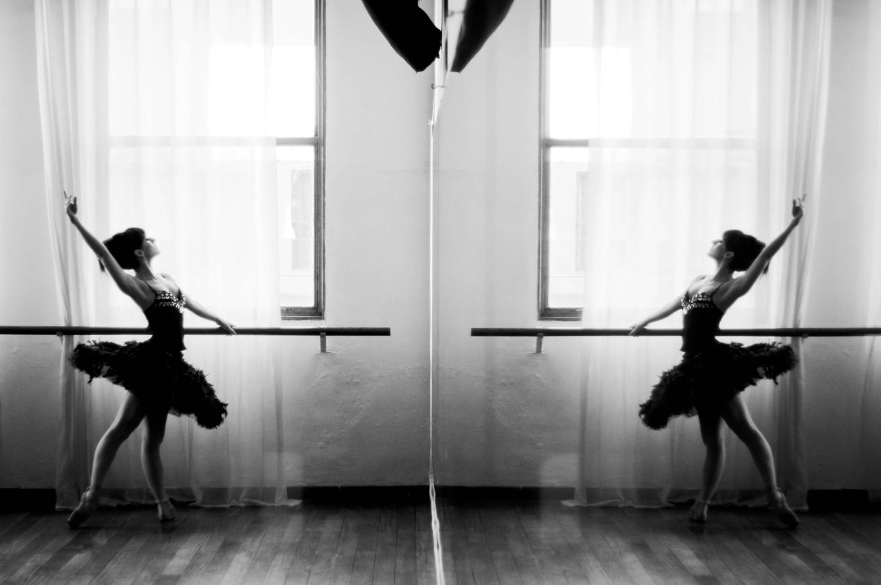 Betania Antico enseña la danza en clave sanadora. Foto: Mil aves de luz.