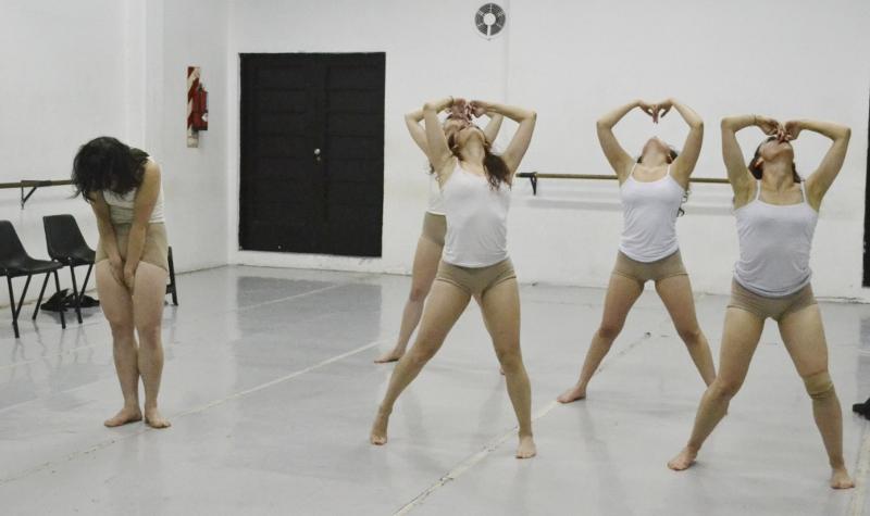 """""""Lo que no querés ver"""". La danza, un impulso vital, un proceso. Foto: Sabrina Burgos."""
