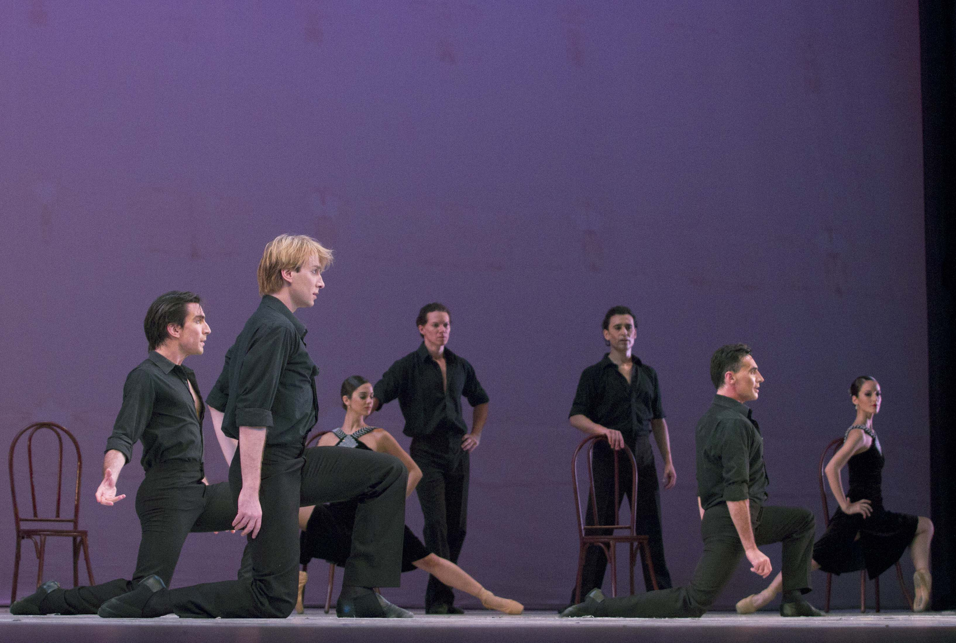 """Tango"", a cargo del grupo que representó al Ballet Estable del Teatro Colón. Foto: Alicia Sanguinetti."
