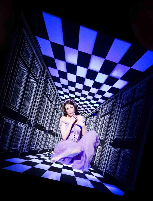 Lauren Cuthbertson como Alicia. Foto: Royal Opera House / ArenaPAL