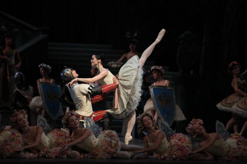 """Raymonda"", por el Teatro Alla Scala. Foto: Gentileza Film&Arts."