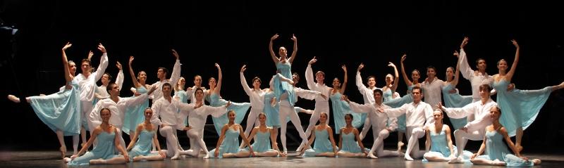 Este año el cuerpo mismo pidió por la permanencia de la bailarina Paula Argüelles, como su directora. Foto: Gentileza Ballet de Salta.
