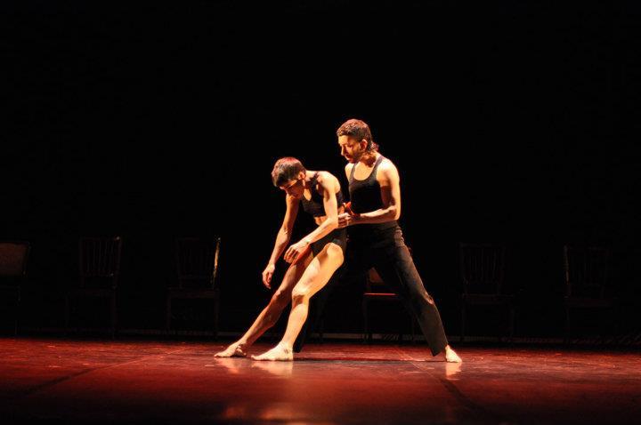 En escena. Daniel es miembro de la Compañía Nacional de Danza Contemporánea, un espacio en el que valora la puesta en común para avanzar en sus proyectos. Foto: Gentileza Daniel Payero Zaragoza.