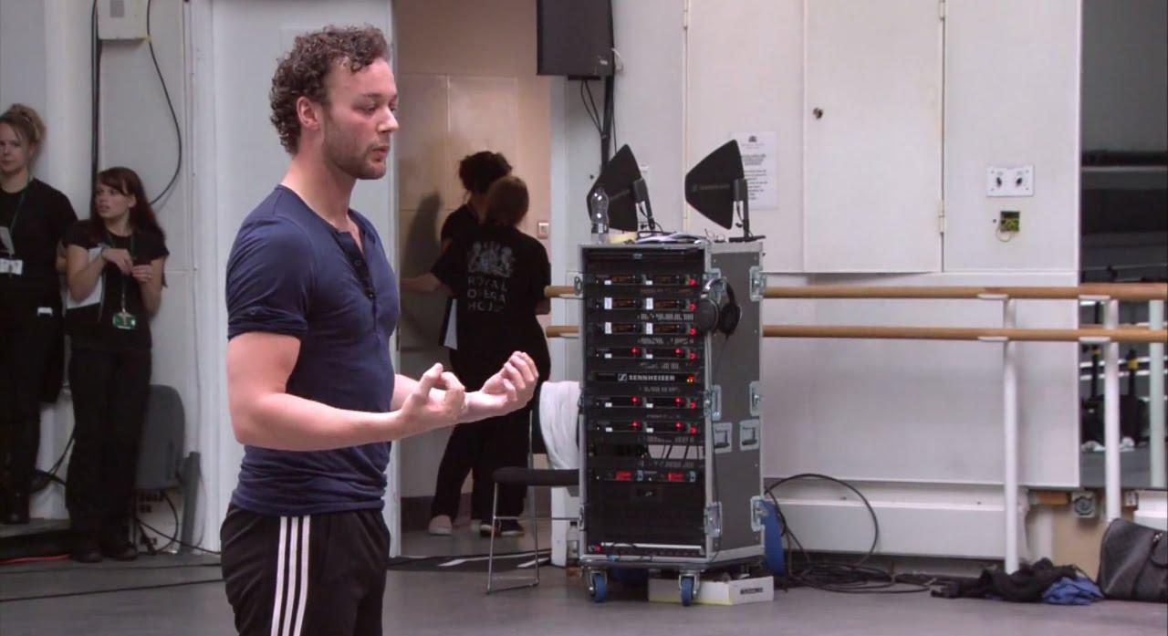 Liam Scarlett, en ensayo junto al Ballet de San Francisco.