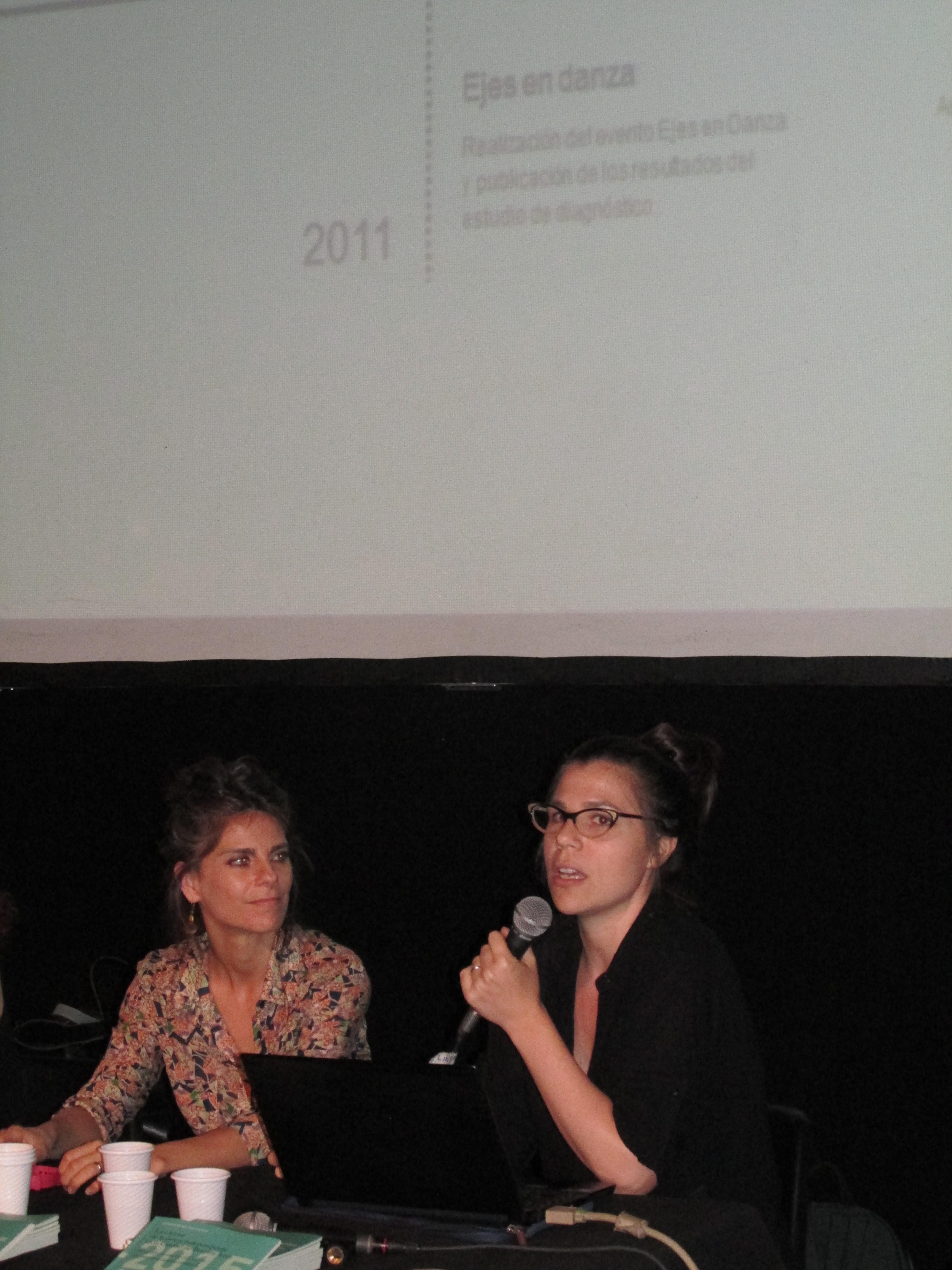 Mercedes Aramburu (izq.) Cecilia Sluga (der.). Foto: L. Chertkoff.
