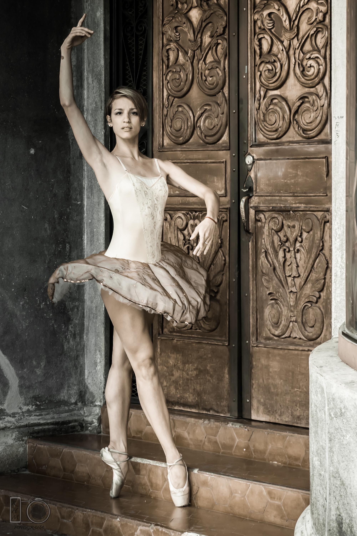 Margarita Peralta, encargada de las clases para niños, ex integrantes del Ballet Estable del Teatro Colón. Foto: Gentileza.