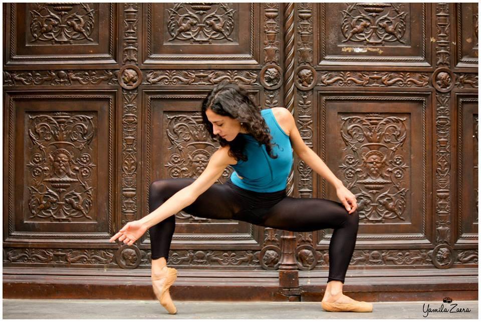 Nina Zaera, encargada de las clases para adultos en el Teatro Coliseo. Foto: Gentileza.