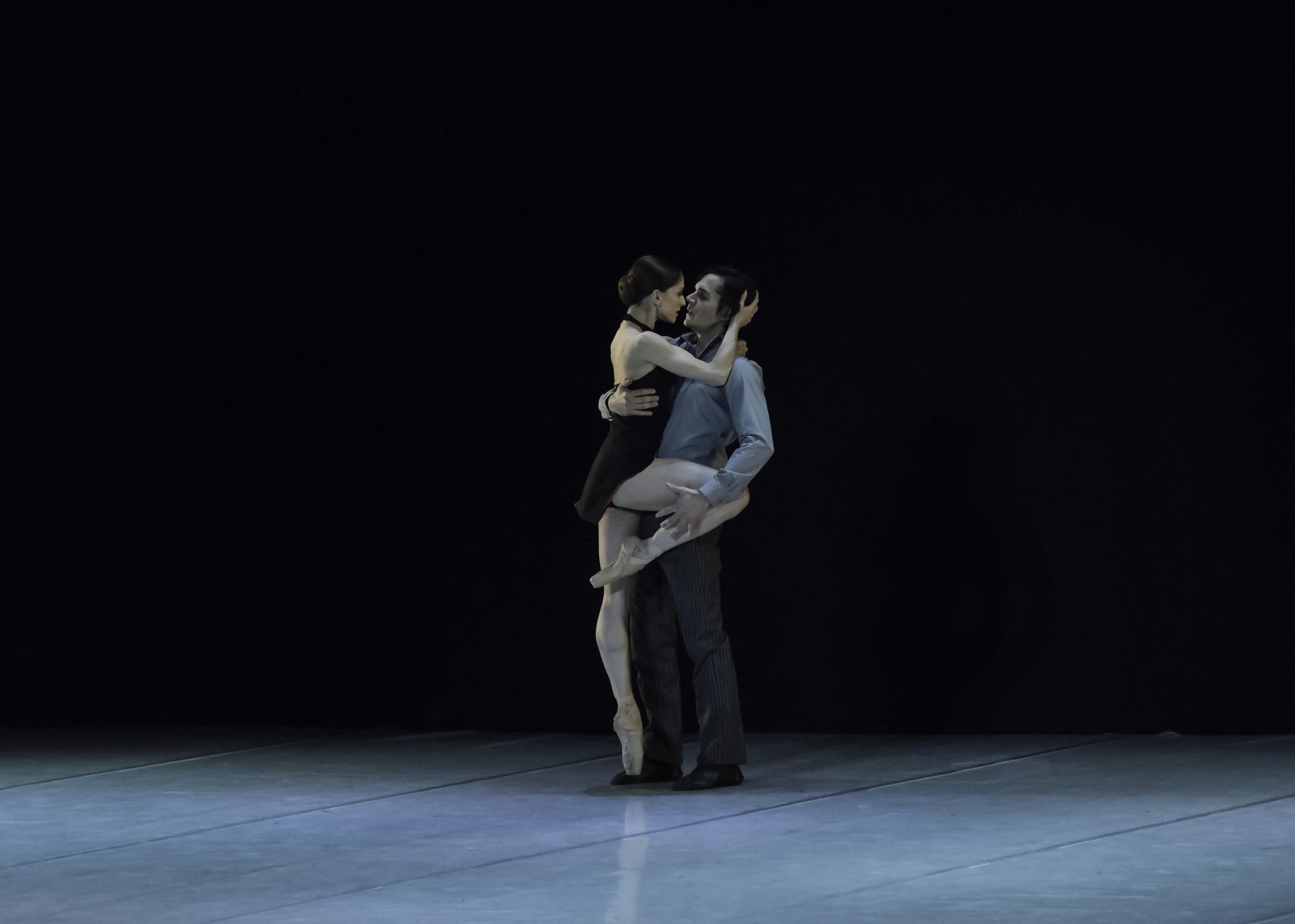 """Marianela Nuñez y Alejandro Parente, en """"A Buenos Aires"""", de Gustavo Mollajoli. Ph: Carlos Villamayor."""